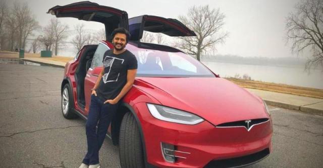 Genelia D'Souza ने तोहफे में दिया Ritesh Deshmukh को Tesla Model X SUV…