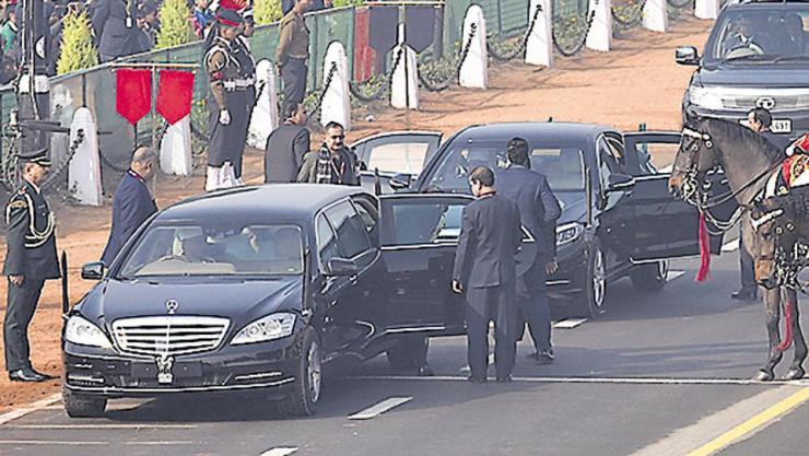 PM Narendra Modi और President Ramnath Kovind को लगाना होगा नंबर प्लेट…