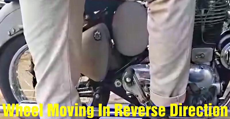 [वीडियो] ये है 'रिवर्स गियर' के साथ उपलब्ध भारत की पहली Royal Enfield Bullet