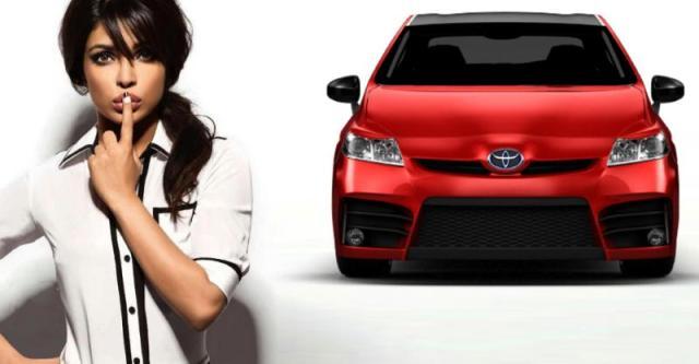 इन्कम टैक्स डिपार्टमेंट ने प्रियंका चोपड़ा को Toyota Prius Hybrid पर टैक्स चुकाने को कहा
