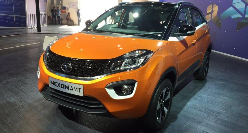 Tata Nexon ने 2018 Indian Auto Expo में प्रदर्शित कीं पेट्रोल और डीजल AMT compact SUVs