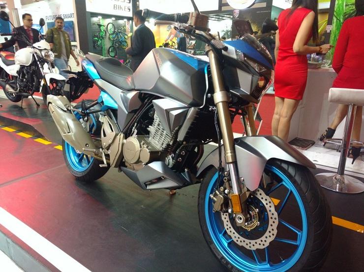 Yamaha FZ25 / Pulsar NS200 रहें सावधान, Aftek Zontes R250 आ रही India…