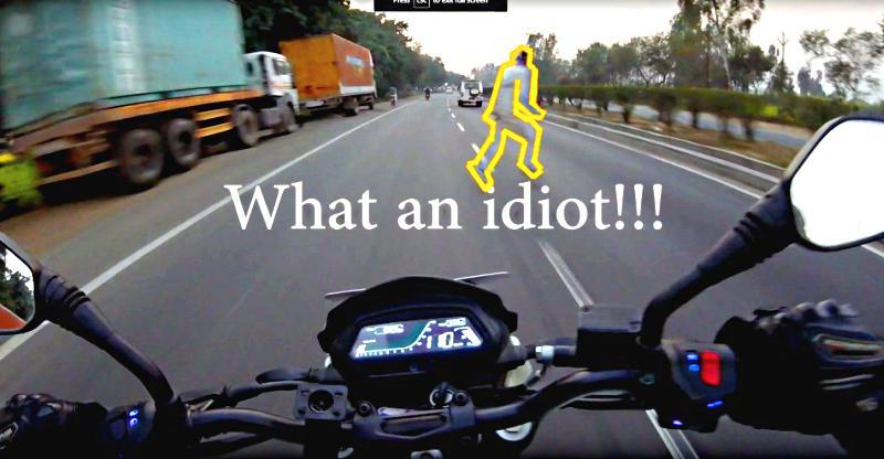 Bajaj Dominar 400 Rider की High-Speed पर जान कैसे बचाई ABS ने, देखें…