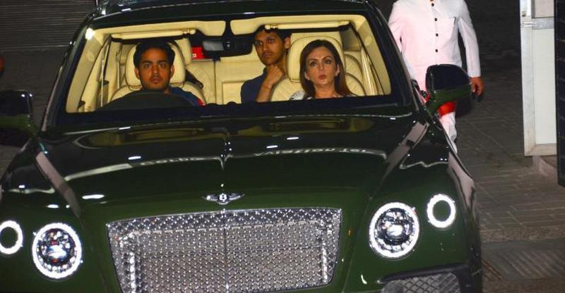 From Bentleys से Rolls Royces तक, अमीरों के अमीर Ambani संतानें और उनकी Cars और SUVs