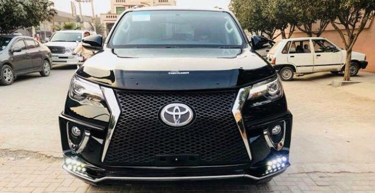 Modified Toyota Fortuners: 10 विचित्र उदाहरण!