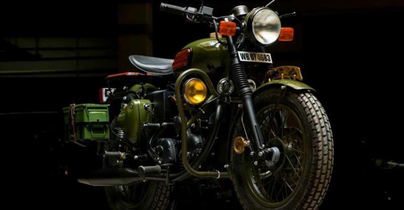 मिलिट्री बाइक के रूप में मॉडिफाइड Royal Enfield से शानदार क्या देखा है आपने?