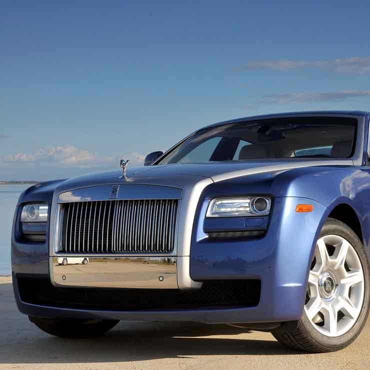 Rolls Royce से Bentley से Ferrari से Aston Martin तक! India की 10 सबसे महंगी Cars