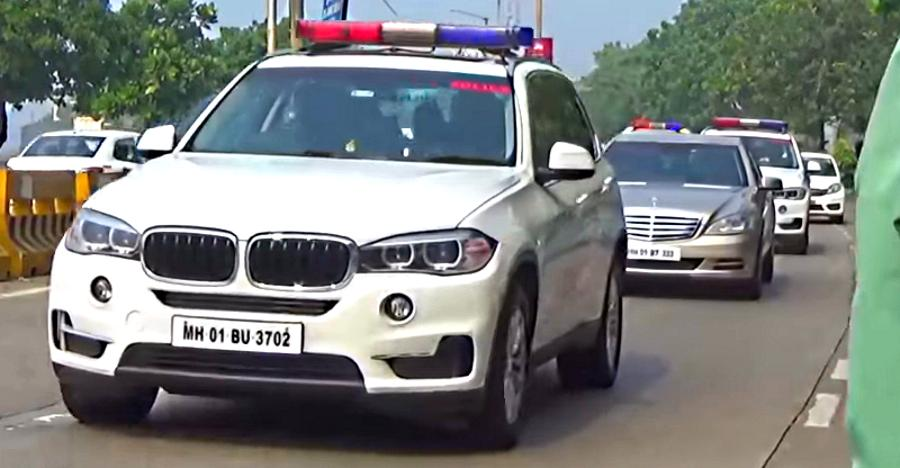 BMW X5 से Toyota Fortuner तक; Ambani के सिक्यूरिटी काफिले की 5 SUVs