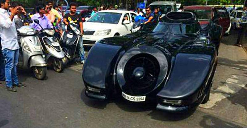 इंडिया में Mercedes-Benz कार के साथ किए गए छह अटपटे कार्य