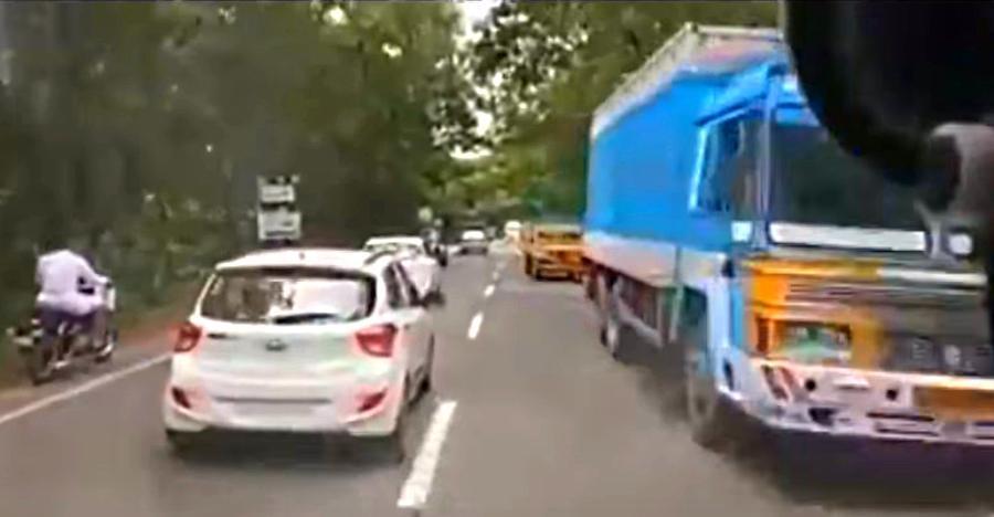 कैसे केरल में ट्रैफिक ने दिया एक एम्बुलेंस को रास्ता, और आपको भी ऐसा क्यों करना चाहिए