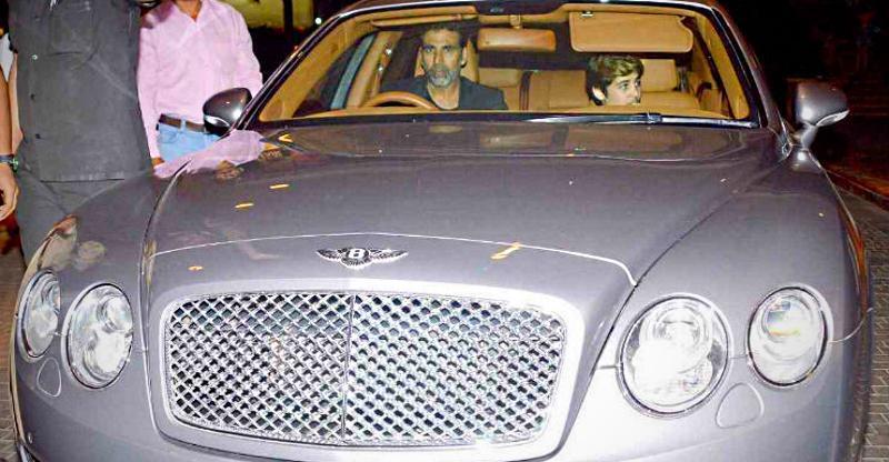 Akshay Kumar से Akash Ambani तक: रईसों की Bentley सुपर लक्ज़री कार्स