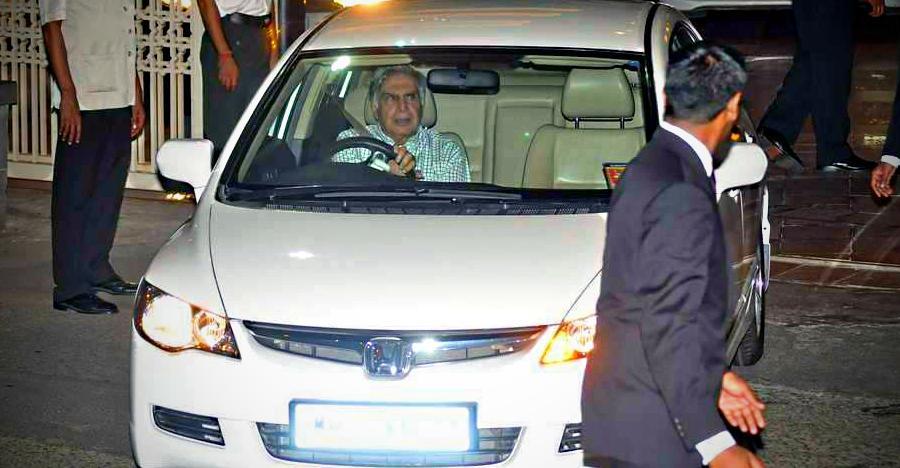 Ratan Tata से Anand Mahindra तक: भारत के 5 दिग्गज उद्योगपति और उनकी सामान्य कार्स