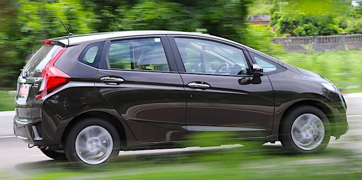 2018 Honda Jazz Petrol CVT का CarToq रीव्यू