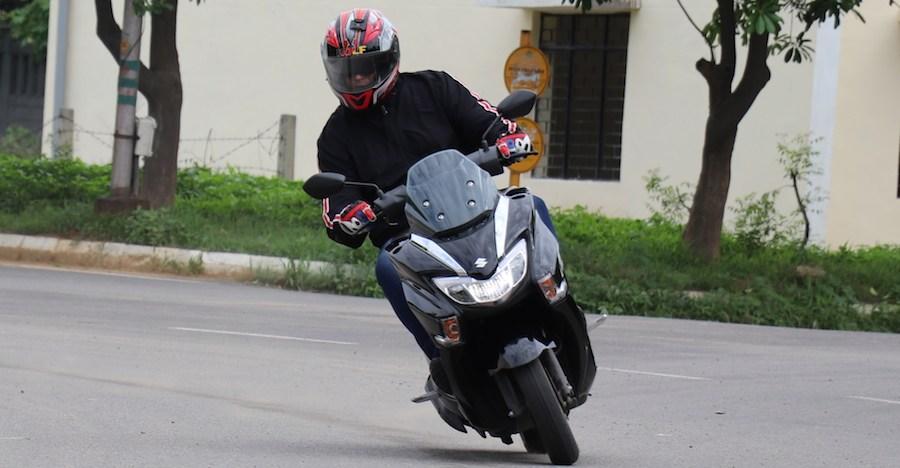 Suzuki Burgman 125 रीव्यू: क्या TVS NTorq और Honda Grazia को चिन्ता होनी चाहिए?