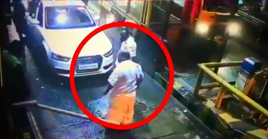 केरल विधायक P C George ने की टोल पर, पूरा वाक्या हुआ CCTV में कैद!