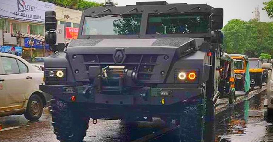 दैत्याकार Renault Sherpa के सामने बाकी SUVs चींटी समान लगती हैं!