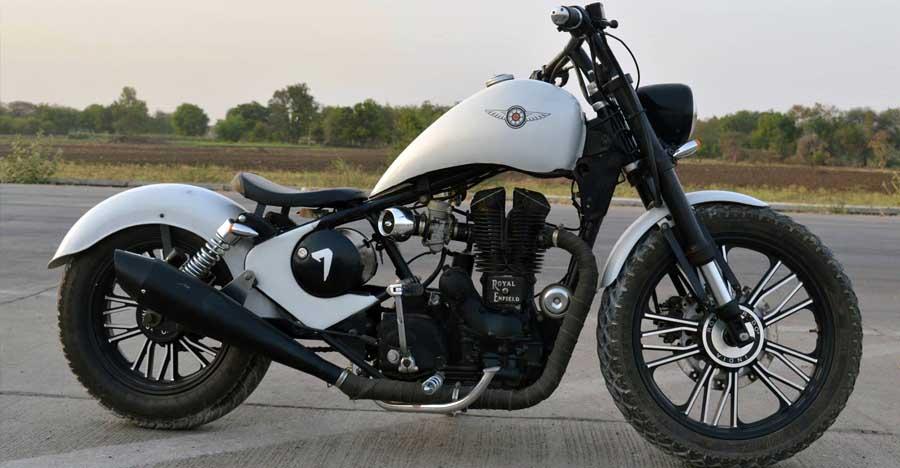 मॉडिफिकेशन से Royal Enfield Thunderbird को बदला एक लुभावनी चॉपर बाइक में