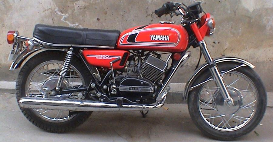 Yamaha Rd350 Featured Red