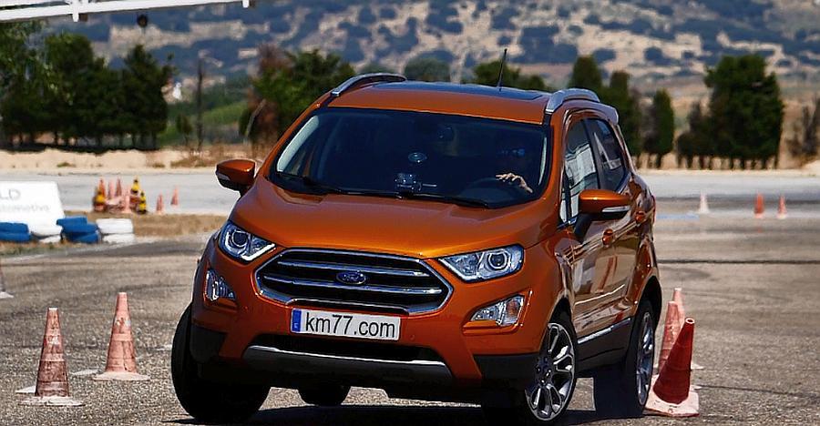 Ford EcoSport Compact SUV ने अच्छी रेटिंग्स के साथ पास किया मूस टेस्ट [विडियो]