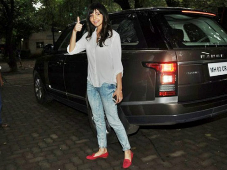 Anushka Sharma Range Rover