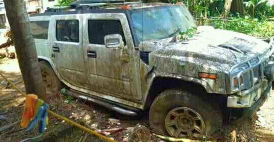Hummer Abandoned India Featured