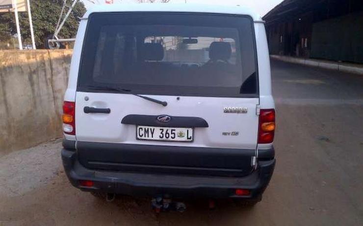 Mahindra Scorpio Petrol 4