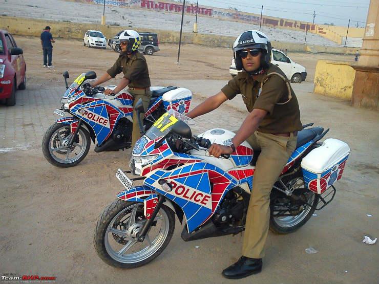 Police Cbr 250r