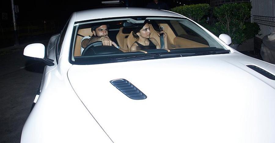 Ranveer Singh और Deepika Padukone की लक्ज़री कार्स: Range Rover से Aston Martin तक