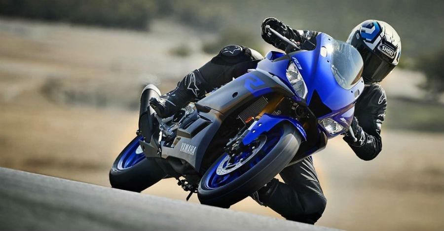 कुछ ऐसी दिखेगी नयी Yamaha R3