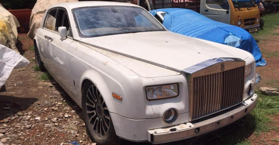 Abandoned Rolls Royce Ghost Featured