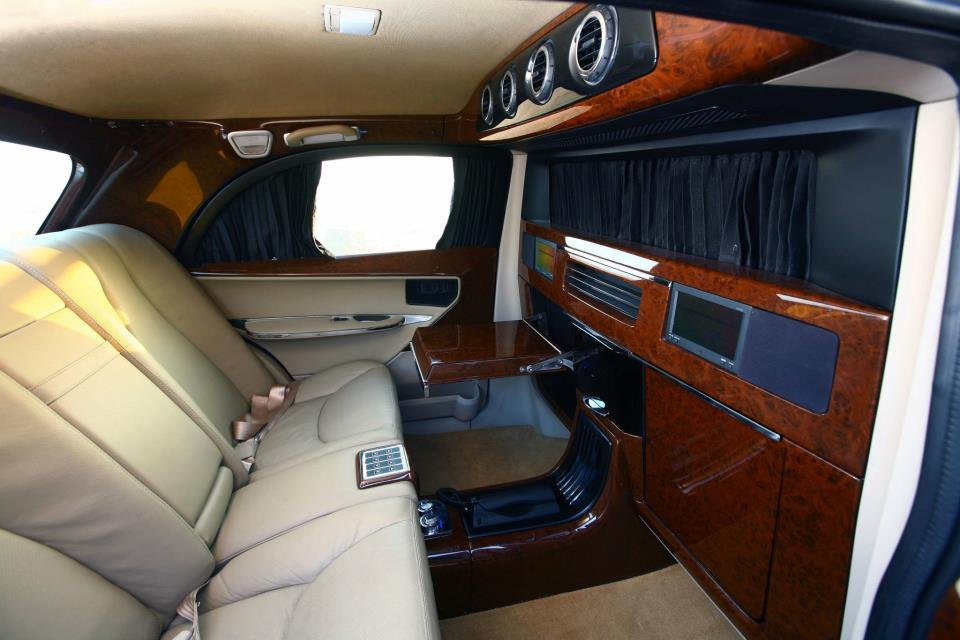 Dc Lounge Hm Ambassador Interior Rear Seat