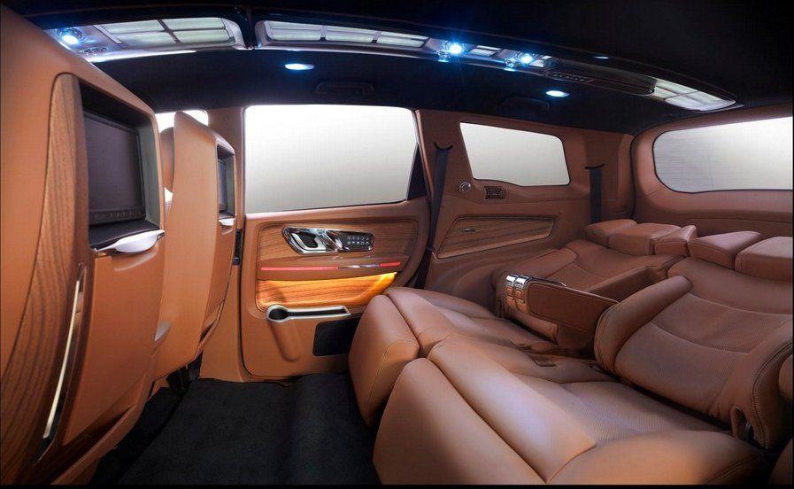 Dc Lounge Mahindra Xuv500 Interior Rear Seat Image