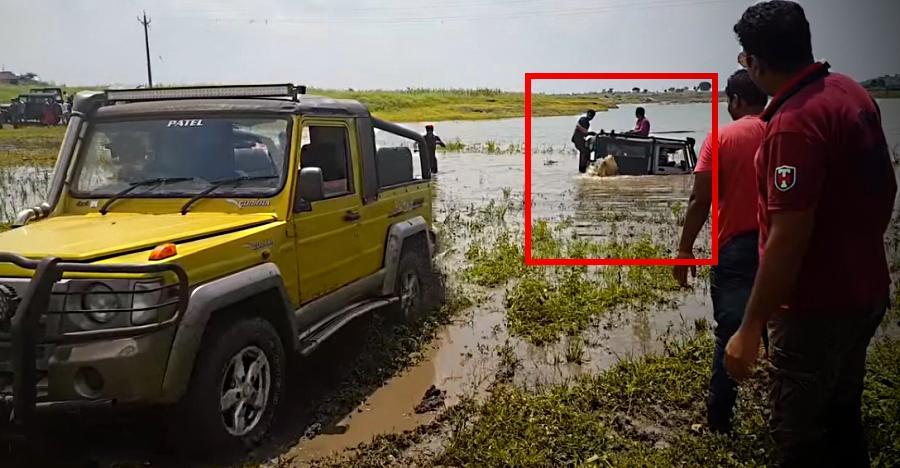 Mahindra Thar DI फँसी नदी में; कुछ इस तरह की Force Gurkha ने मदद [विडियो]