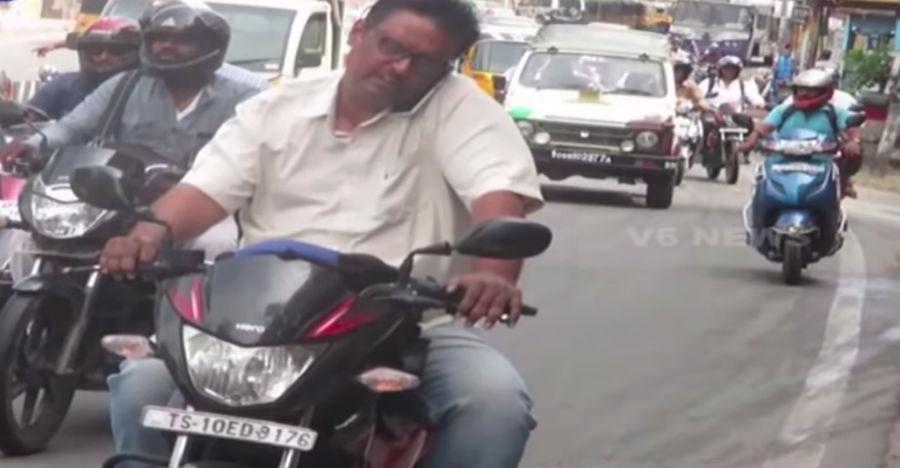 इस हैदराबाद के आदमी ने 135 बार तोड़े ट्रैफिक नियम: बाइक हुई जब्त