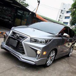 Innova Crysta Lexus 1