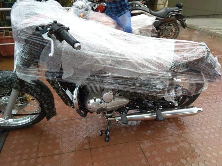 Jawa Scrambler 300 2