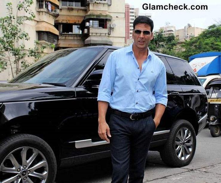 Akshay Kumar Range Rover