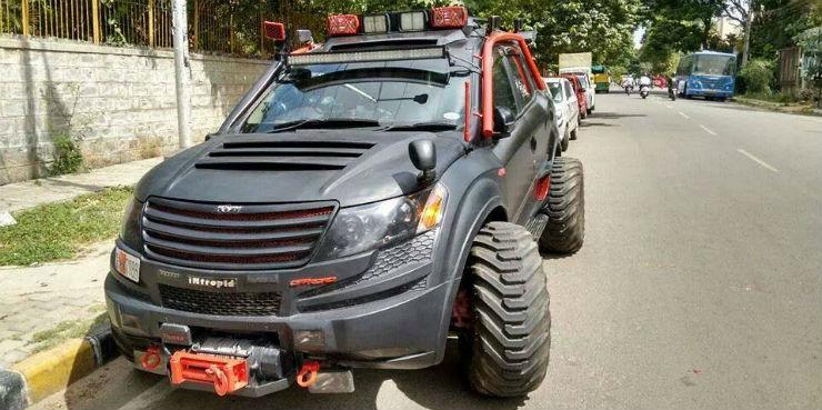 Mahindra Xuv500 Big Tyres