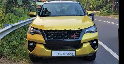 इस रंग वाली Toyota Fortuner भारत में इकलौती गाड़ी होने का दावा करती है!