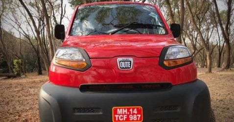 Red Bajaj Qute Featured