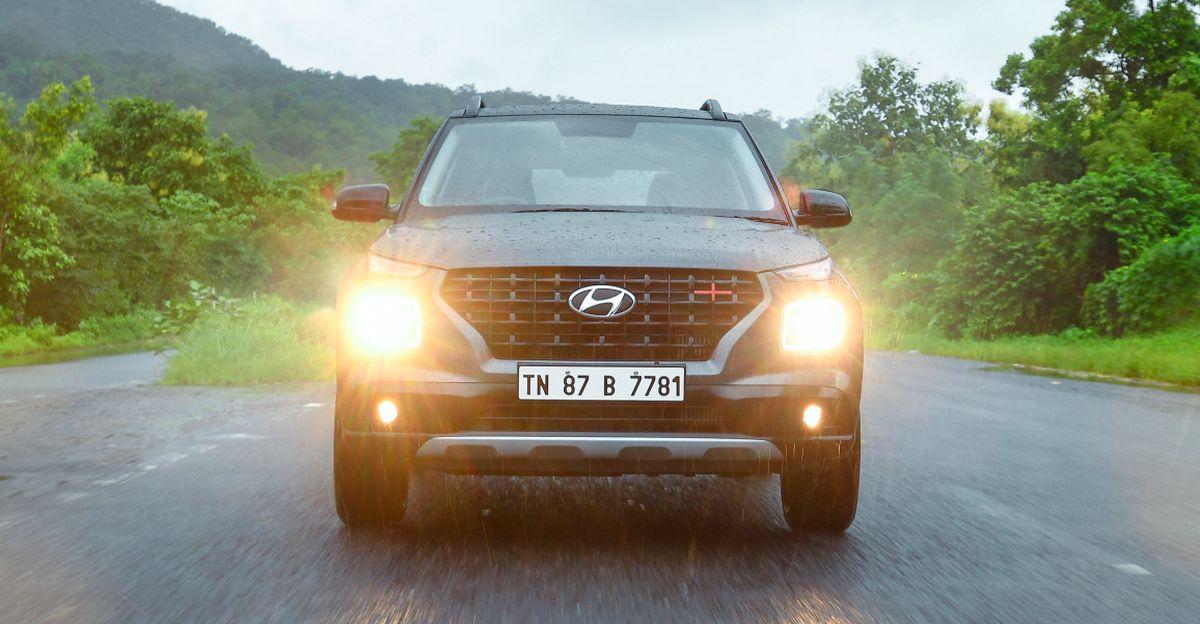 Hyundai Venue iMT संचालित: मज़ा एक मैनुअल की तरह ड्राइव करने के लिए, एक स्वचालित [Video] की तरह सुविधाजनक