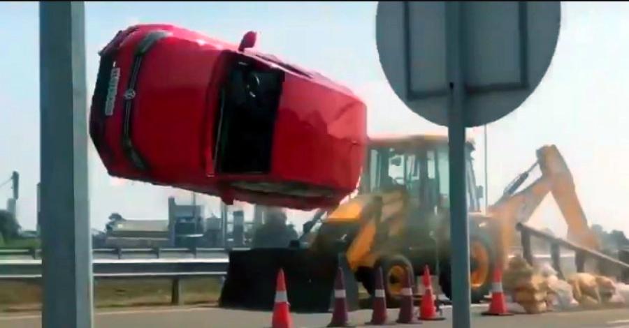 भारतीय फिल्म में BIG Volkswagen Polo की दुर्घटना: पर्दे के पीछे