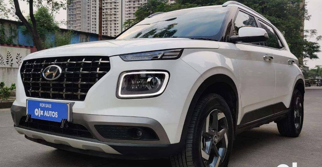 बिक्री के लिए Used Hyundai Venue DCT ऑटोमैटिक: कम-उपयोग, कोई प्रतीक्षा अवधि नहीं