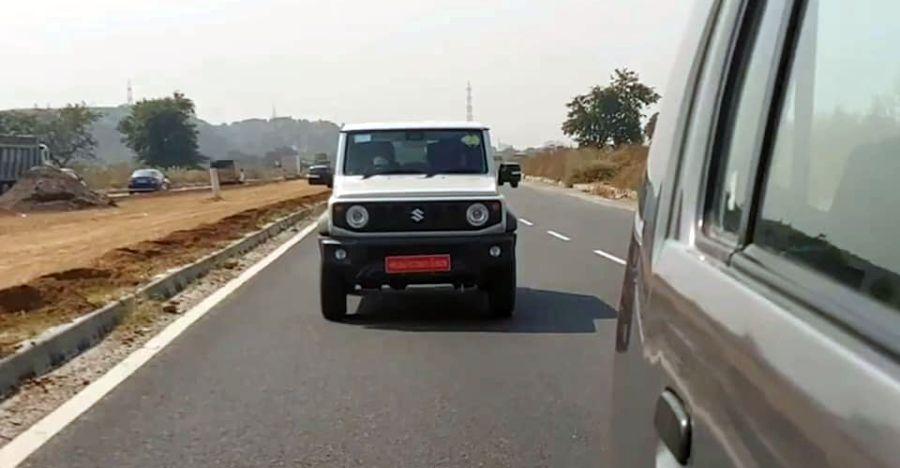 3 दरवाजे Suzuki Jimny ने भारतीय सड़कों पर परीक्षण किया