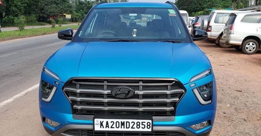2020 Hyundai Creta साटन नीले रैप में आकर्षक दिखती है!