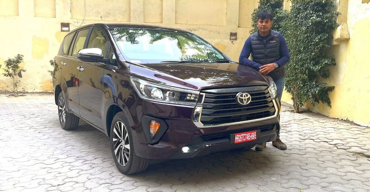 Facelifted Toyota Innova Crysta : पहला वॉकअराउंड वीडियो