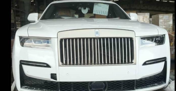 भारत की पहली पीढ़ी की Rolls Royce Ghost आई