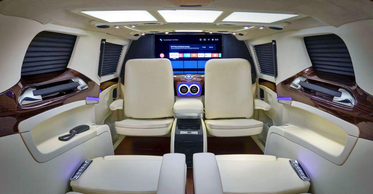DC Design (DC2) Kia Carnival MPV के लिए सुपर लक्जरी लाउंज Introduce किया