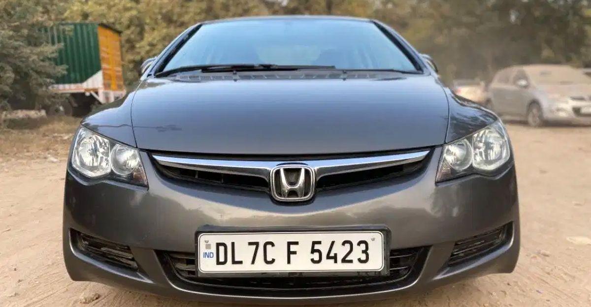 5 लो-रनिंग Honda Civic सेडान 2 लाख रुपये से कम में
