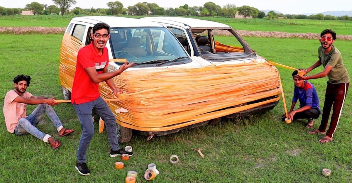 'टेप प्रयोग' दो Maruti Suzuki WagonR हैचबैक पर किया गया